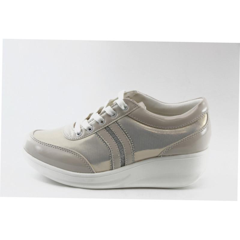 00585925cad Спортни дамски обувки на платформа златисти Jump 7802 златистKP