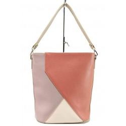 Бежова дамска чанта, здрава еко-кожа - удобство и стил за вашето ежедневие N 100017694