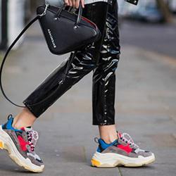 Как да носите маратонки за модерна визия?