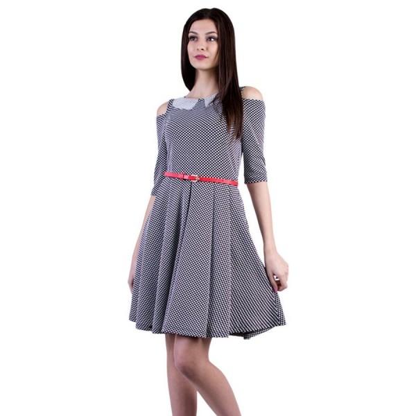 Разкроена дамска рокля