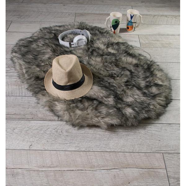 Пухкаво кожно килимче в сиво