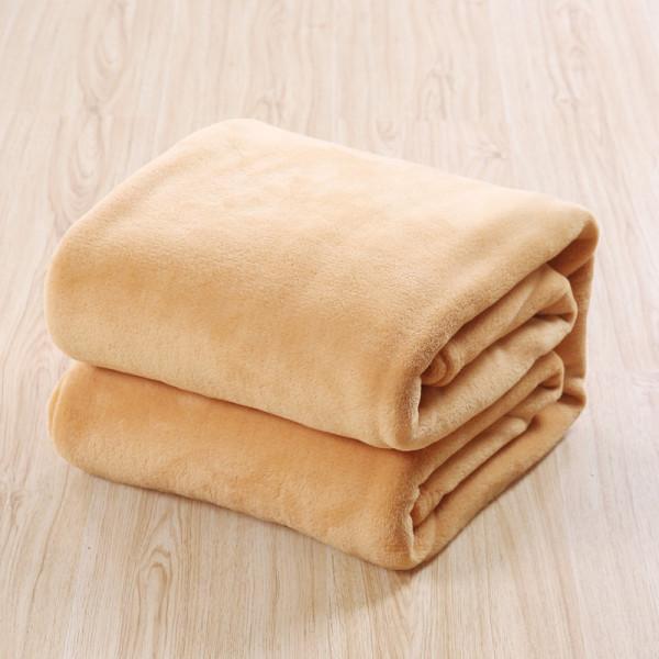 Меко и топло одеяло от полиестер Тони 2
