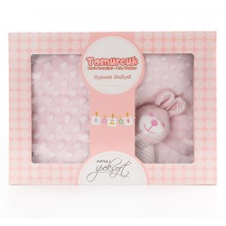 Бебешки комплект розов - пухкаво одеяло с играчка
